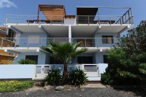 Wonderful Penthouse, Apartmanok  Santa Maria - big - 1