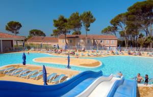 Location gîte, chambres d'hotes Résidence Odalys Le Mas des Vignes dans le département Gard 30