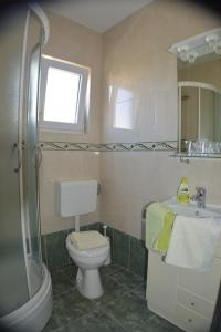Rooms & Apartments Villa Anka, Апартаменты  Тучепи - big - 24