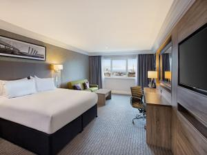 DoubleTree by Hilton Glasgow Central (2 of 28)