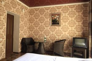 Мотель Carzone, Бишкек