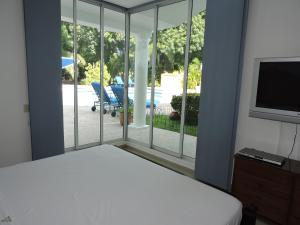 Casa Campestre El Peñon 5 Habitaciones, Aparthotels  Girardot - big - 8