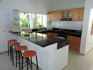 Casa Campestre El Peñon 5 Habitaciones, Aparthotels  Girardot - big - 53