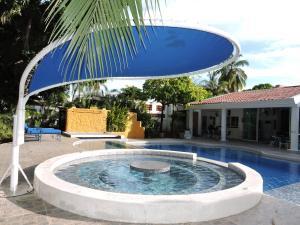 Casa Campestre El Peñon 5 Habitaciones, Aparthotels  Girardot - big - 61
