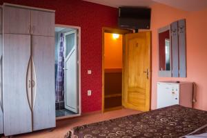 Pensiunea Cornelius, Guest houses  Piatra Neamţ - big - 38