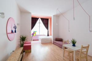 Colorful Ernesto, Apartments  Budapest - big - 21