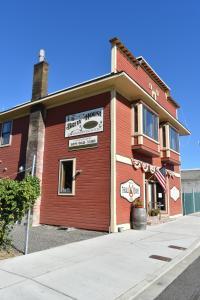 Brew House Boarding - Ellensburg