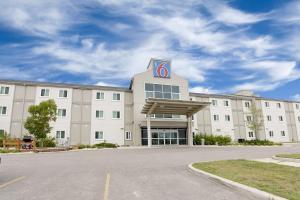 Motel 6-Brandon, MB