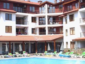 B44 Apollon Complex, Appartamenti  Ravda - big - 22