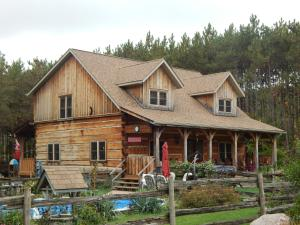 MoonStone Bed and Breakfast - Accommodation - Oro-Medonte
