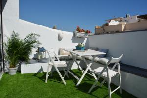 Ahro Suites, Apartmanok  Málaga - big - 31