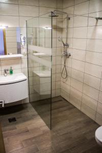Rooms Rebolj, Vendégházak  Eszék - big - 32