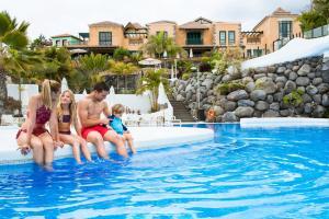Hotel Suite Villa Maria, Отели  Адехе - big - 36