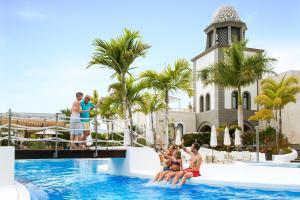 Hotel Suite Villa Maria, Отели  Адехе - big - 31