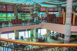 Hotel Vila Aeroport, Отели  Ринас - big - 41