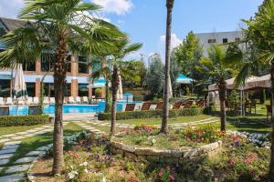 Hotel Vila Aeroport, Отели  Ринас - big - 55