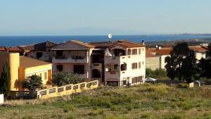 Appartamenti vista mare Cavour - AbcAlberghi.com