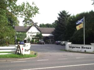 The Dalgarven House Hotel - Irvine