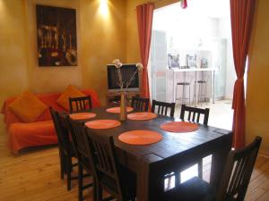 Hostels e Albergues - Hostel Elegance and Guesthouse