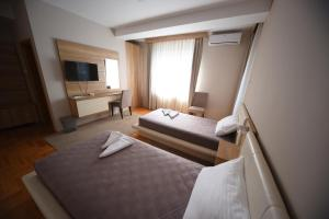 Double Room Garni Uni Elita Lux Hotel