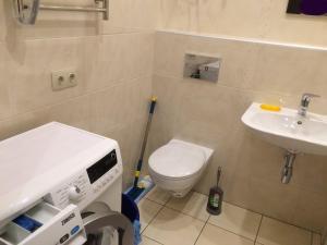 Arkhitektorska Apartment, Appartamenti  Odessa - big - 10