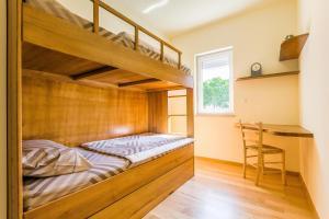 Family Friendly Apartment Near The Sea, Apartments  Banjole - big - 66