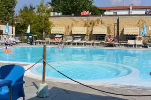 Camping Village Torre Pendente - AbcAlberghi.com