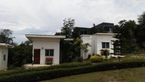 Whiterock resort - Ban Lam Thong Lang
