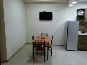 Apartment on Parnavaz Mepe 2-94, Apartmány  Batumi - big - 19