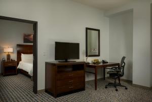 Hilton Garden Inn Phoenix Airport North, Hotels  Phoenix - big - 18
