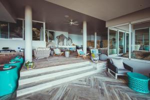 Carana Beach Hotel (2 of 35)