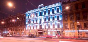 Отель Астон