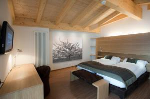 Holiday Mountain Boutique Hotel - AbcAlberghi.com