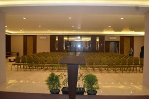 City Hotel, Hotel  Tasikmalaya - big - 55