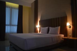 City Hotel, Hotel  Tasikmalaya - big - 98