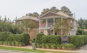 Beach Spa Bed & Breakfast, Bed and Breakfasts  Virginia Beach - big - 1