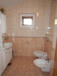 Apartments Kapetan Jure, Apartmány  Brela - big - 113