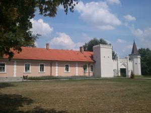 Matula Üdülőház, Ferienwohnungen  Géberjén - big - 68