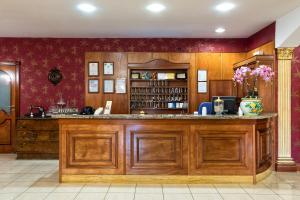 Hotel Ristorante Donato, Hotel  Calvizzano - big - 120