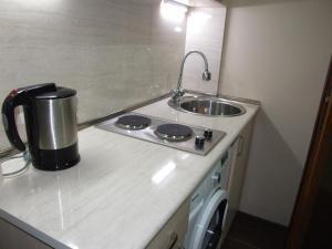 Apartment on Paronyan 22, Ferienwohnungen  Jerewan - big - 4