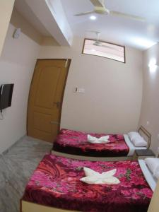 Auberges de jeunesse - Hotel Saravana Grand