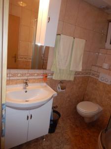 Apartments Kapetan Jure, Apartmány  Brela - big - 192