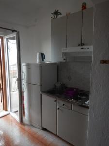 Apartments Kapetan Jure, Apartmány  Brela - big - 36