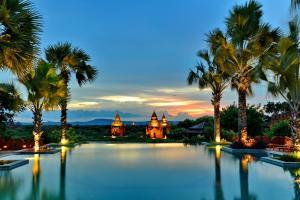 Aureum Palace Hotel & Resort B..