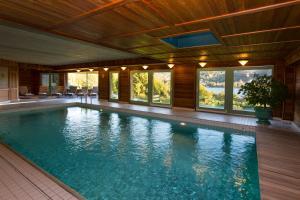 Location gîte, chambres d'hotes Le Manoir Au Lac dans le département Vosges 88