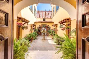 Hotel La Badia - AbcAlberghi.com