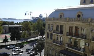 Neftiannikov Avenue Apartment, Апартаменты  Баку - big - 29