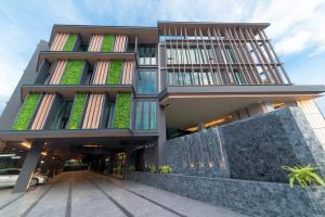 Pause and Play Hotel - Chang puak