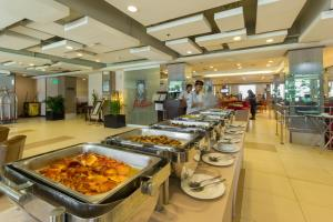 Microtel by Wyndham Mall of Asia, Hotels  Manila - big - 37