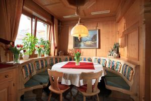 Landhotel Lechner, Hotel  Kirchberg in Tirol - big - 31